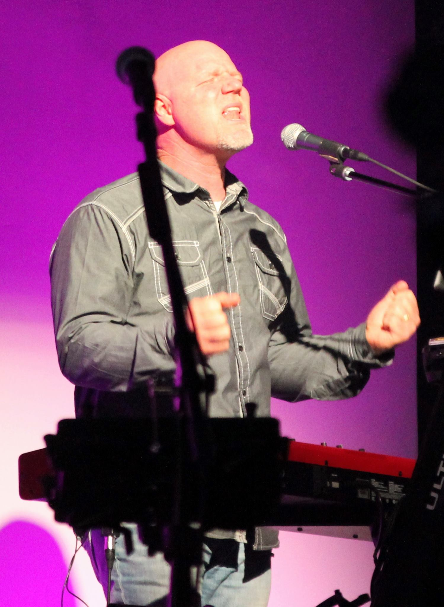 Brent Anderson worship