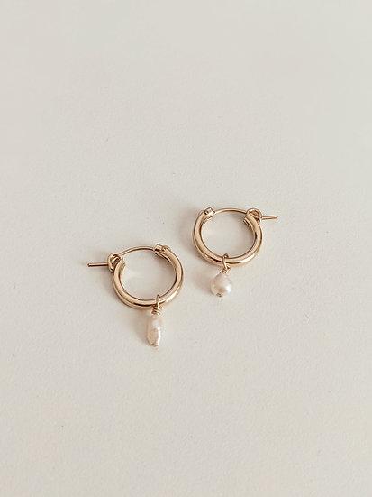 Darling Pearl Earrings