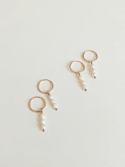 Gemma Pearl Earrings