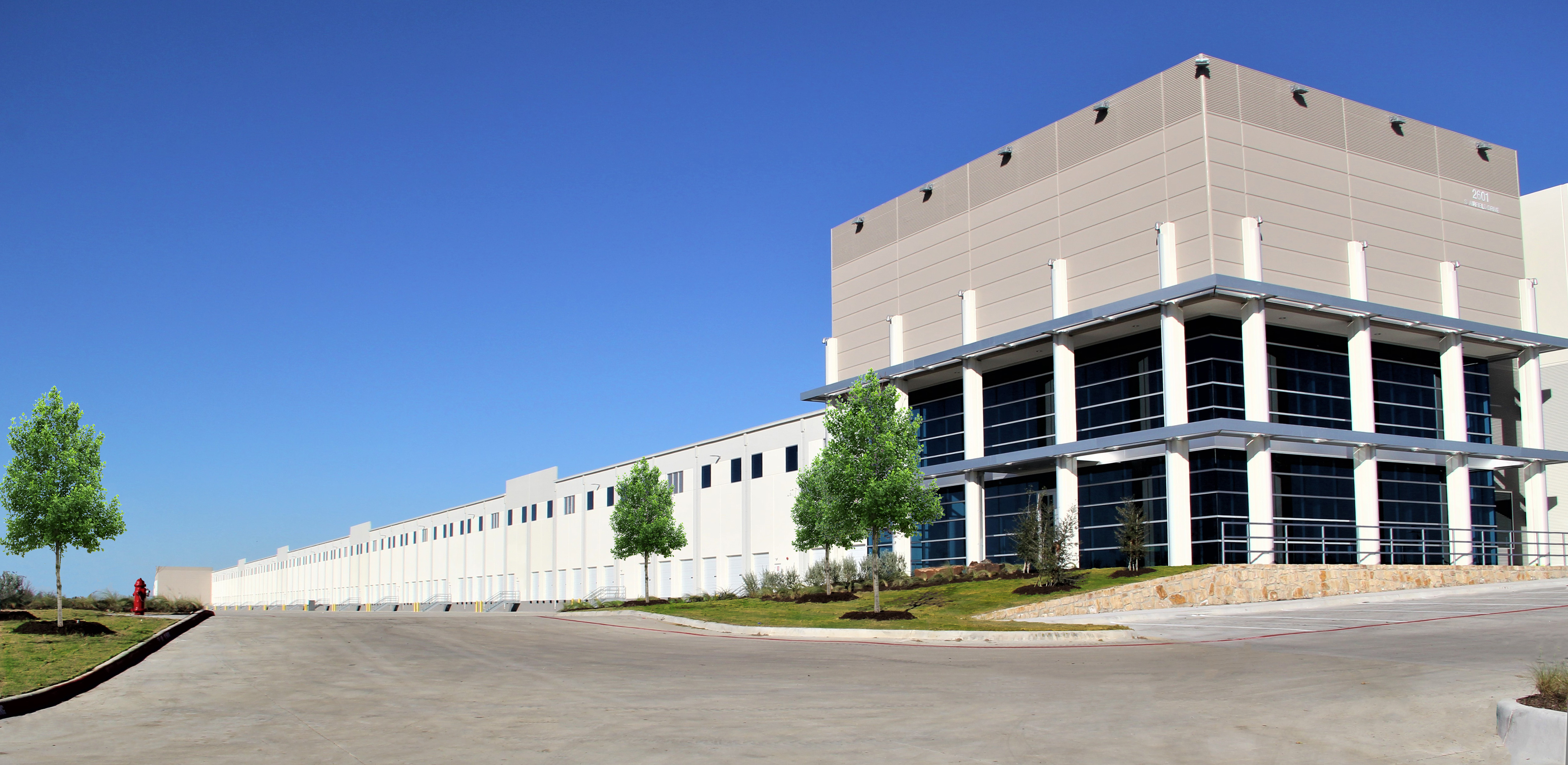 DFW Commerce Center
