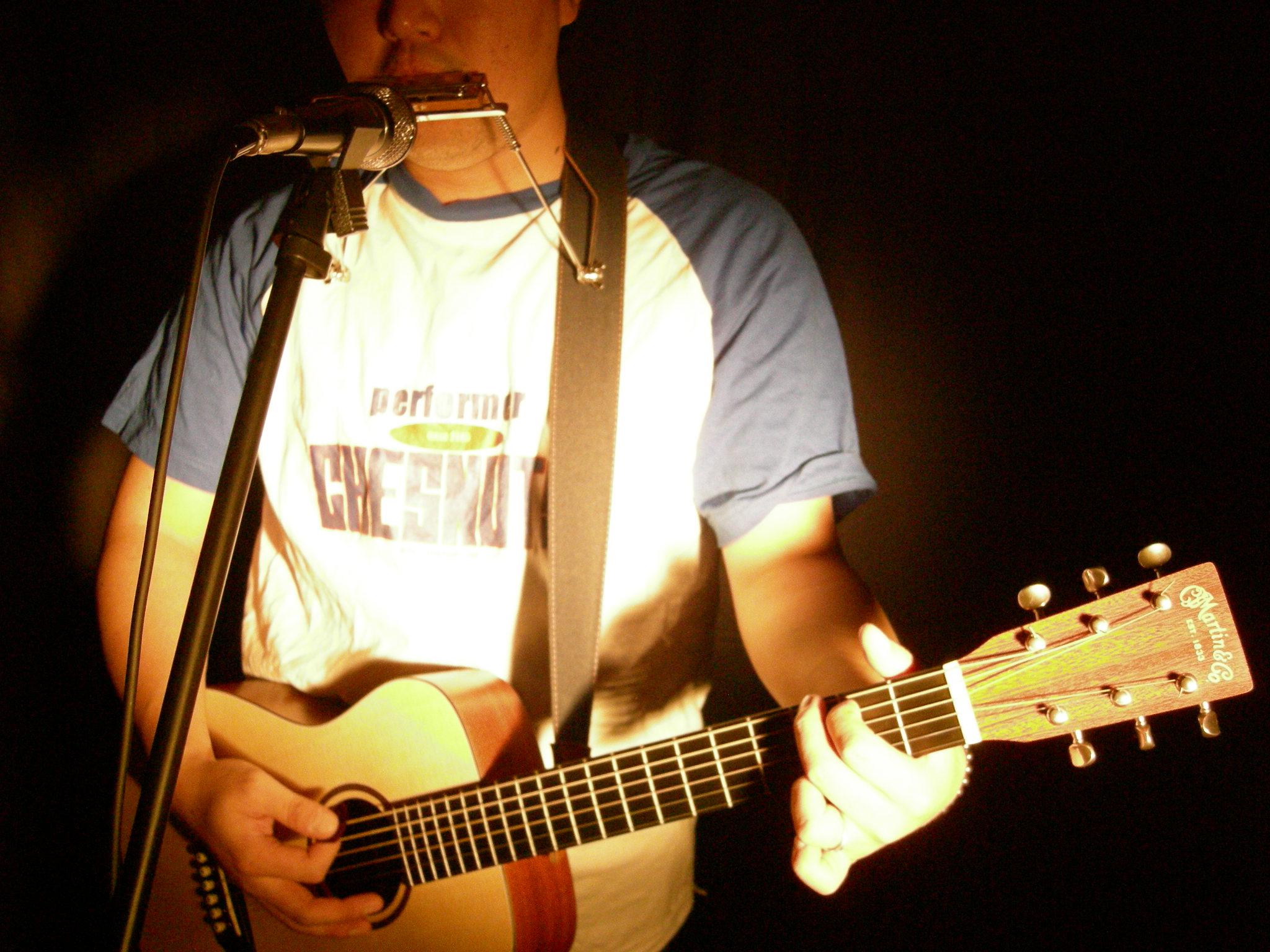 昔のギターと