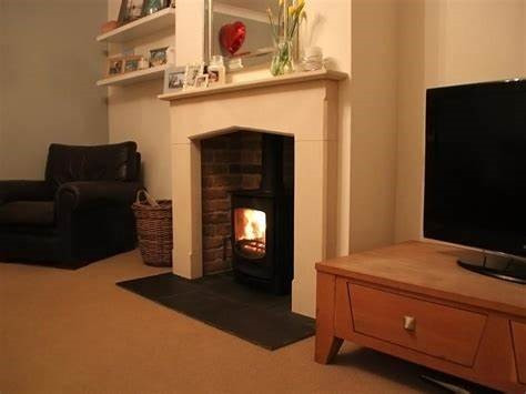 stone fireplace 7.jpg