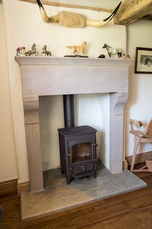 stone fireplace horns.jpg