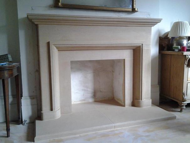 stone mantle fireplace 3.jpg
