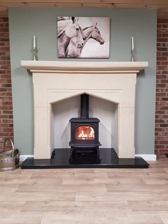 stone fireplace 6.jpg