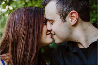 Desiree + Andrew | Engagement at Kiwanis Park