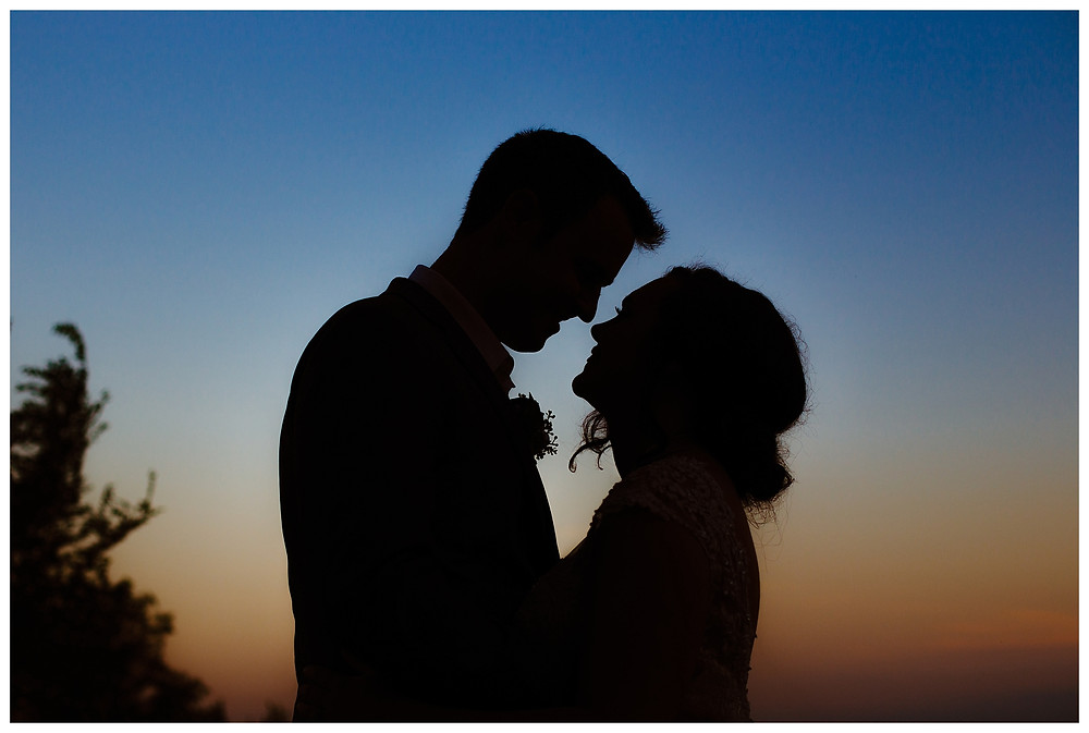 Intimate Iowa Wedding bride and groom silhouette