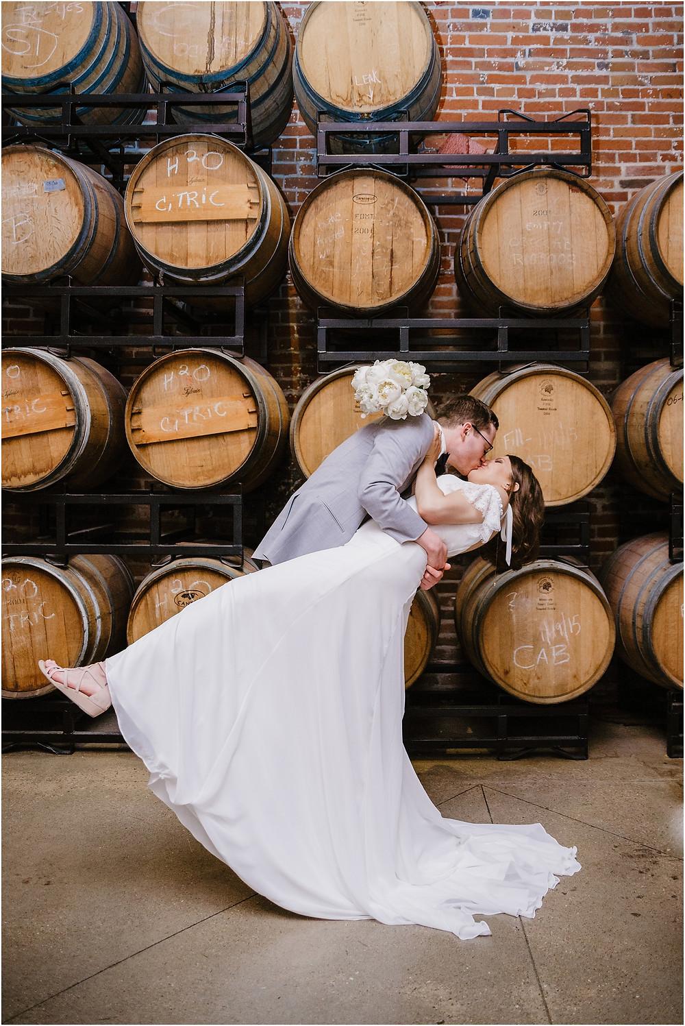 Dubuque Iowa Wedding stone cliff winery