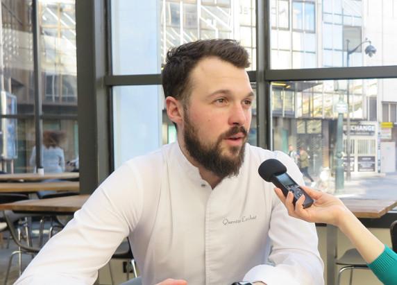 Le chef pâtissier Quentin Lechat au Royal Monceau