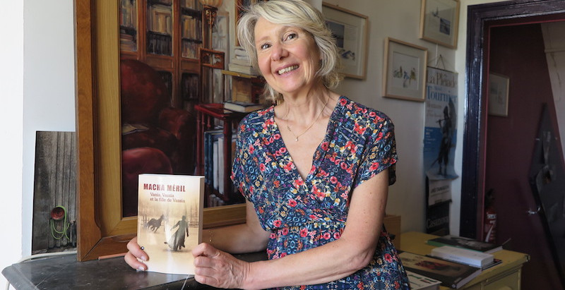 This week episodes : Auvers-sur-Oise, school, green dress, Macha Méril's latest book