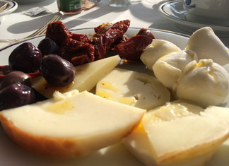 Najbolje kombinacije feta sira i sušene rajčice