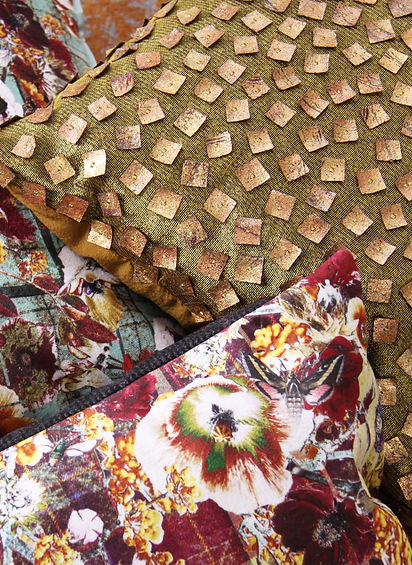 Good and Craft_Cushion_Gold Squares_4.jp