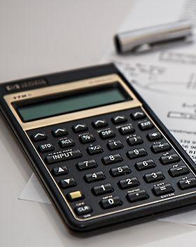 accounting-black-budget-53621_edited.jpg