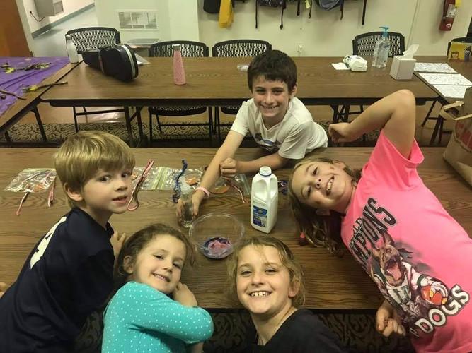 Kids club pic 1.jpg
