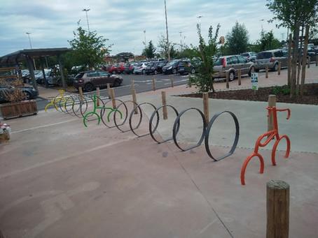 Vélos centre commercial Carrefour