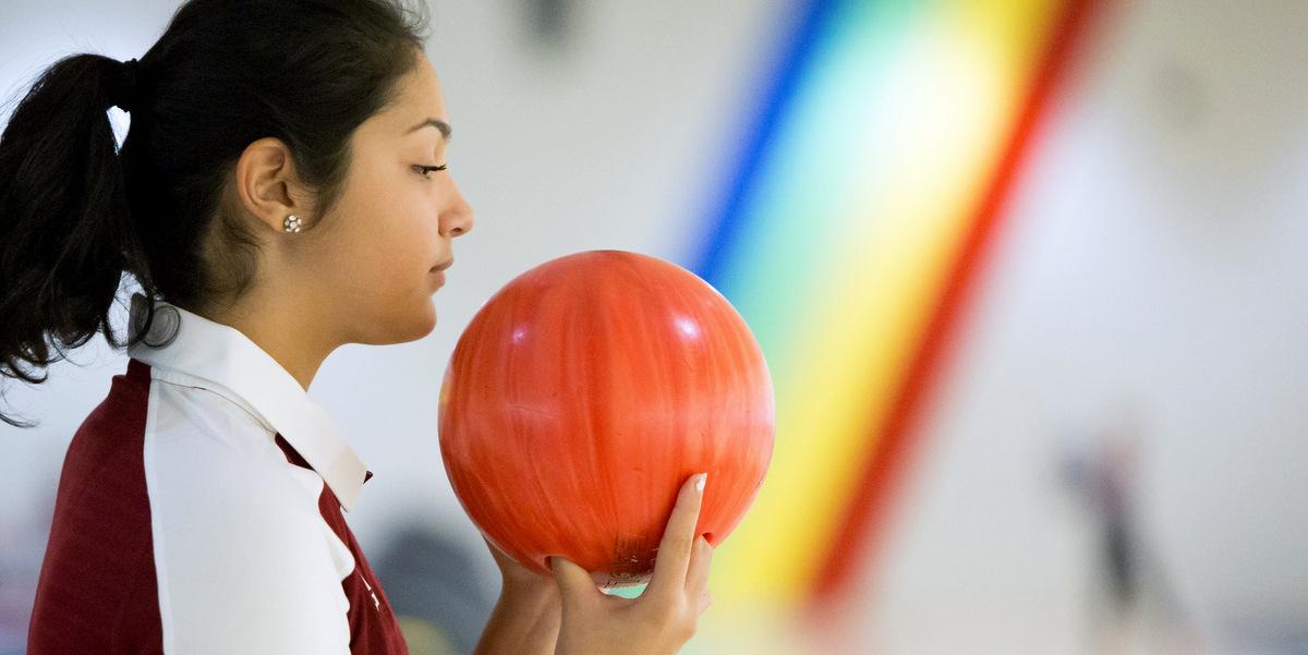 ezell_bowling_128