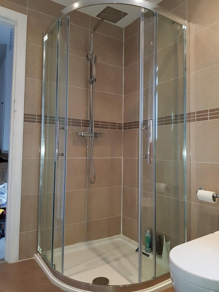 tall shower cubicle with sliding door