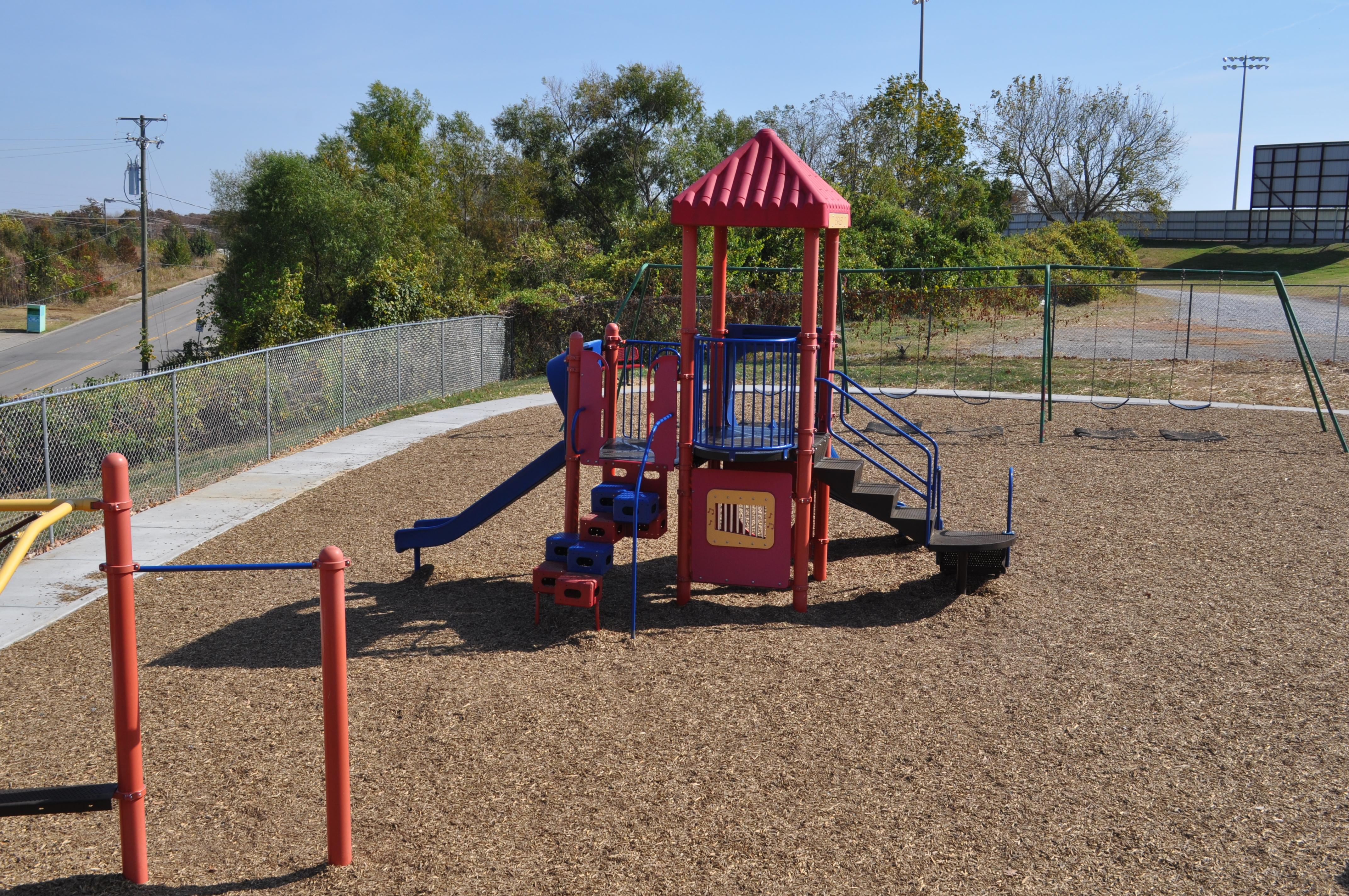 ES - Playground 5
