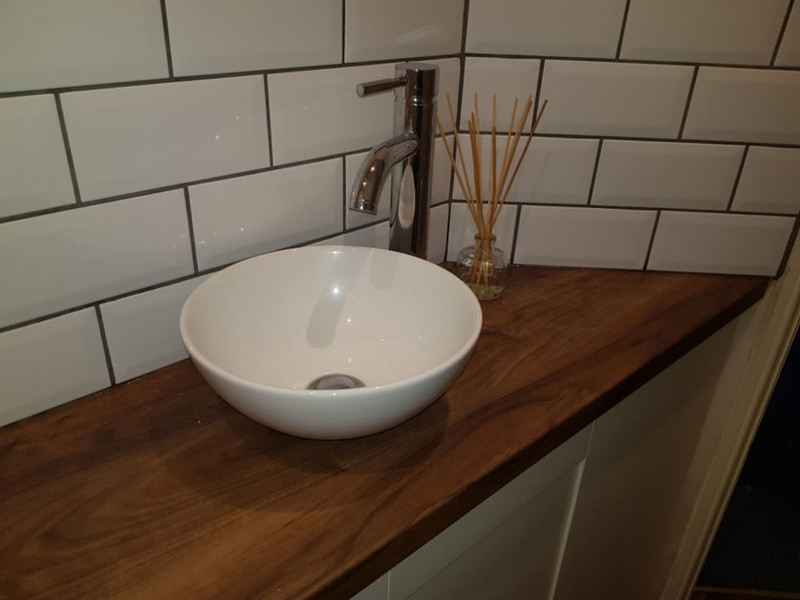 small bowl sink
