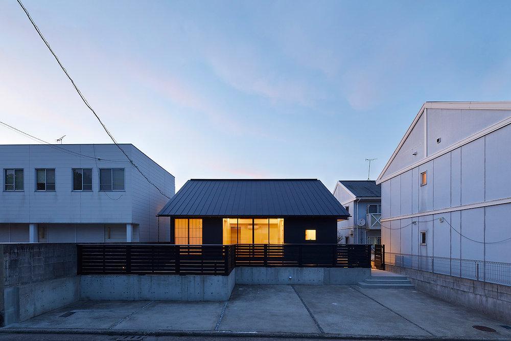 house-t_30.jpg