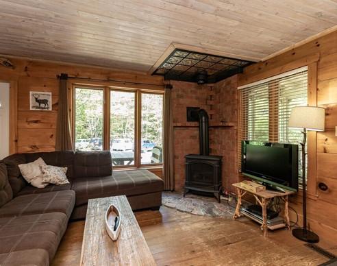Sequin Unit Livingroom.jpg