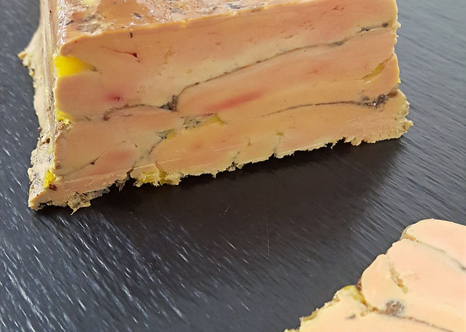 foie gras au baies de timut_edited.jpg