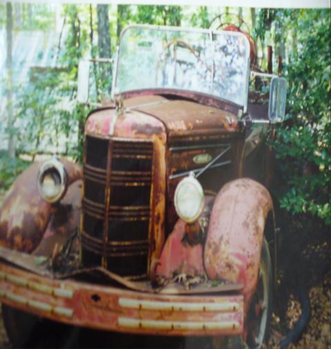 Engine 4 1957 Mack Spotsylvania Volunteer Fire Department