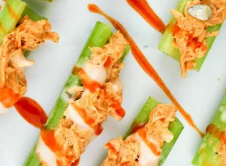 Try These Healthy Buffalo Chicken Celery Sticks!
