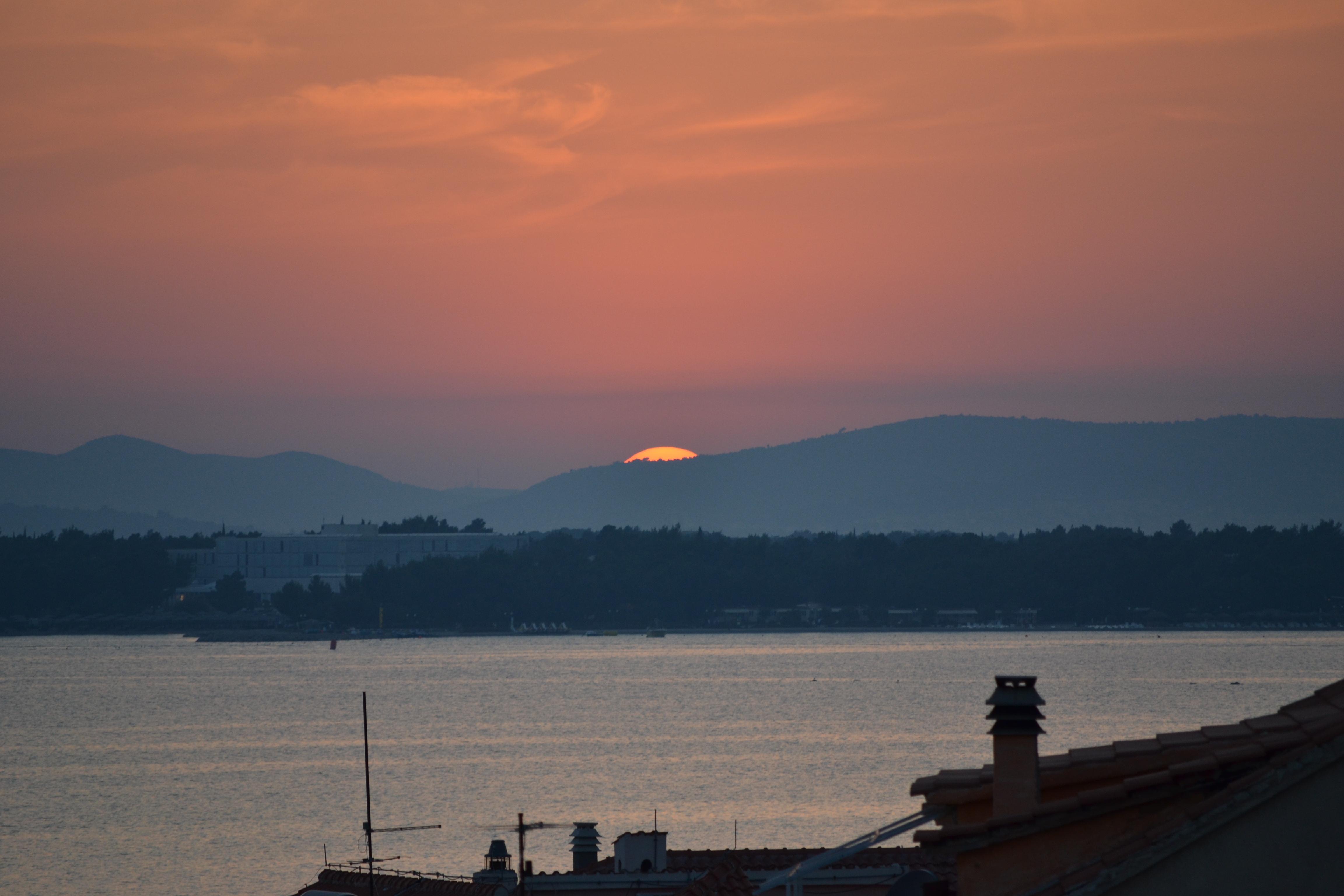 Balkonaussicht Sonnenuntergang