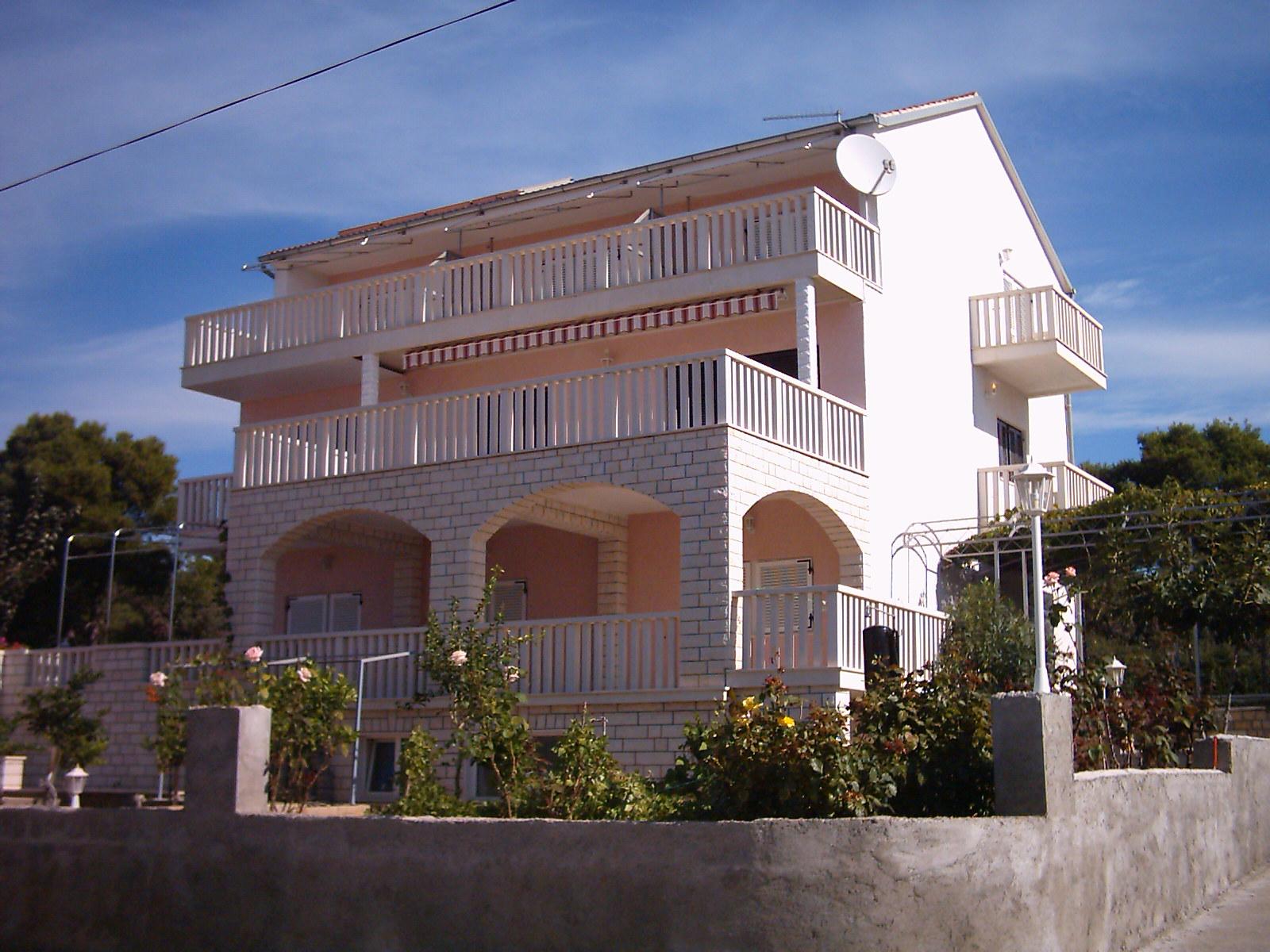 Apartmani Ivana Brodarica