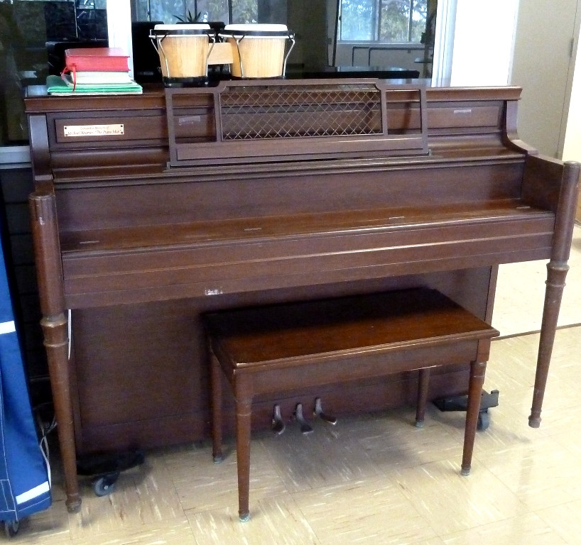 Kau Piano 6.14.12_3.JPG