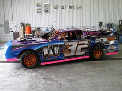 32J Wayne Hora 2011