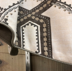 Valance with Contrast Welt Edge