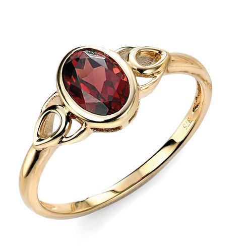 9ct Gold Garnet Ring