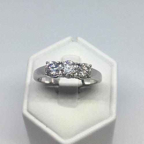 18ct White Gold 3 Stones Diamond Ring