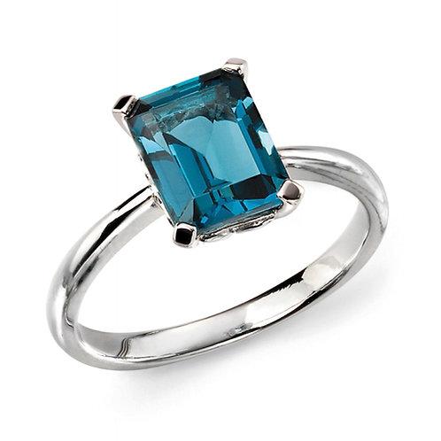 9ct White Gold London Blue Topaz Ring