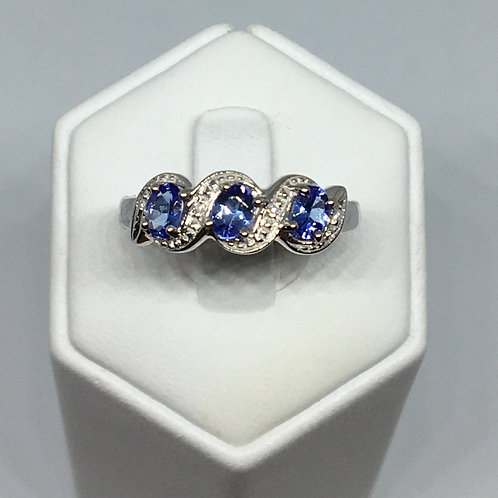 9ct White Gold Tanzanite Diamond Ring
