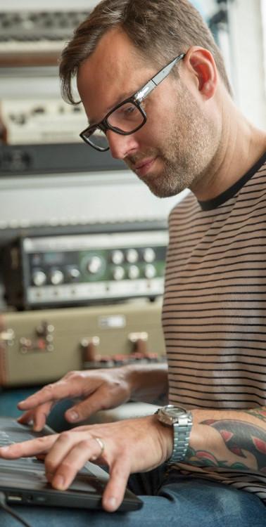 Liam Signed Splinter Synth