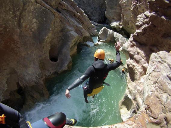 sierra de guara canyoning