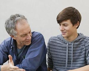 o-TEENAGER-AND-PARENT-facebook-1000x600.