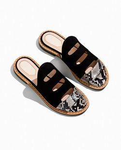 Sandálias de couro da moda