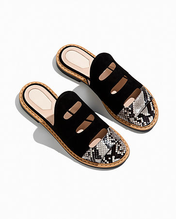 Fashionable Leather Sandals