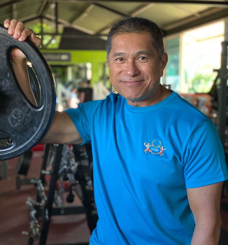 Jerry YEUNG Préparateur Physique diplômé BEES 1-Champion de France de Bodybuilding.