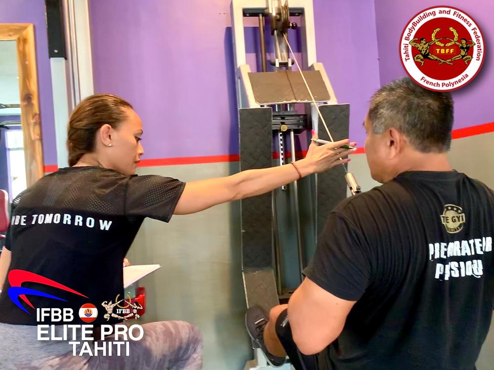 """Temoemoe VANFAU - IFBB Elite Pro Athlète - Gérante """"The Gym Tahiti"""""""