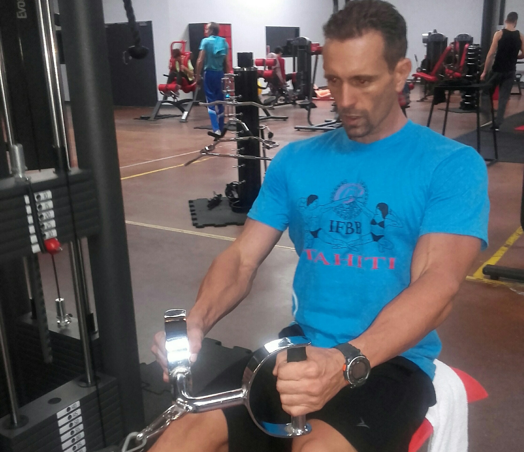Vincent Carreau IFBB Tahiti Classic Bodybuilding_resized