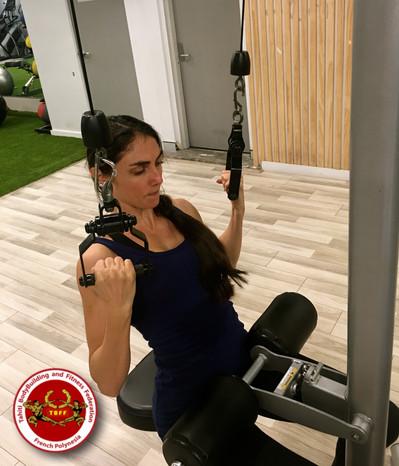Femmes et musculation, doivent-elles soulever des poids ?