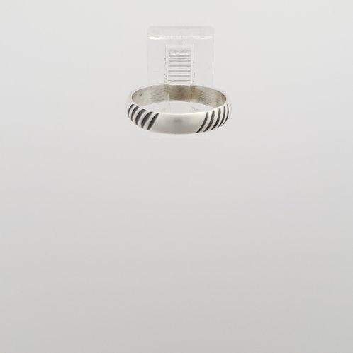 Diagonal striped Ring