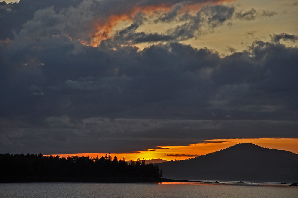 A beautiful sunset as seen from Windjammer Cruises in Maine