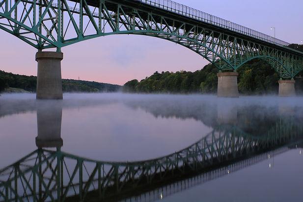 Memorial Bridge over Kennebec river in A