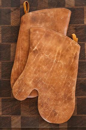 leather-mitts.jpeg